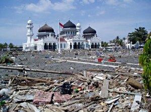 akibat yang ditimbulkan oleh Tsunami Aceh